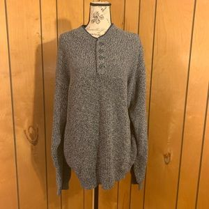 Columbia sweater pullover